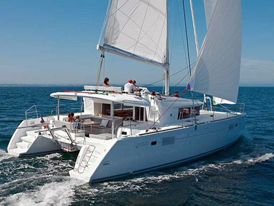 Sail the beautiful waters of Šolta on this cozy Lagoon Lagoon 450F