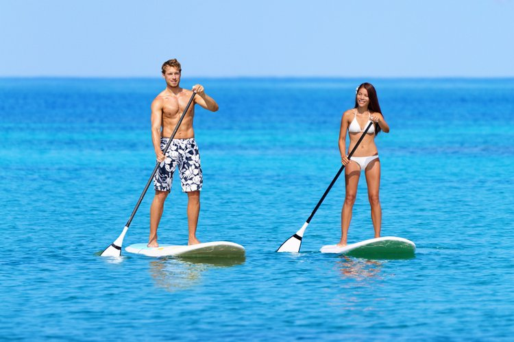 yacht-charter-west-palm-beach-paddleboarding