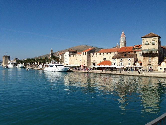 boat-charter-trogir-croatia