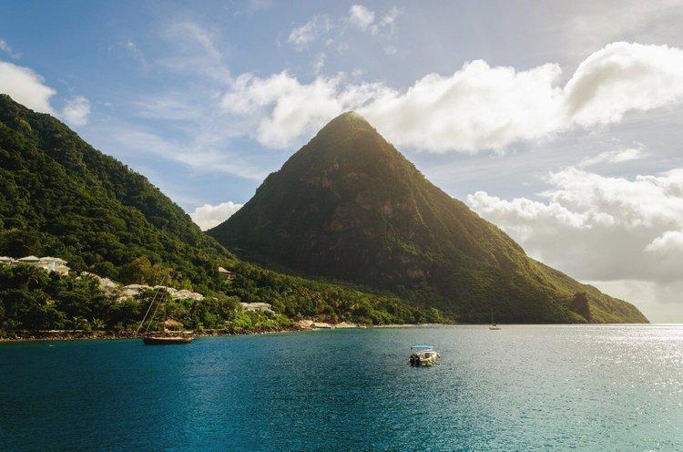 caribbean-sailing-vacations-st-lucia-boat-rental-yacht-charter-sailo