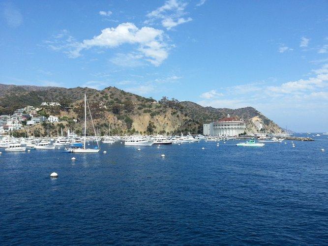santa-catalina-island-cruise-sailing-los-angeles-sailo-boat-rentals