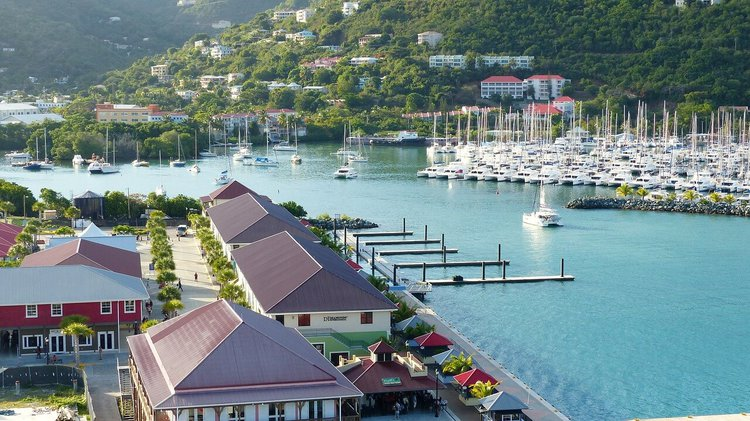 catamaran-rental-bvi-road-town-sailo