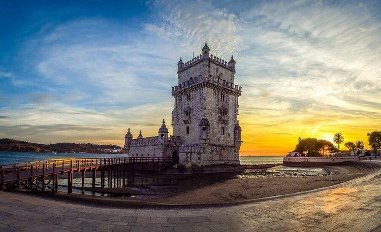 lisbon-by-boat-rental-sailo-yacht-charter-portugal-belem