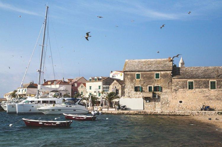 sailing-charter-primosten-croatia