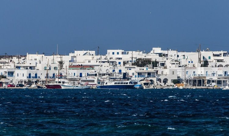sailing-greek-islands-boat-charter-sailo-paros-antiparos