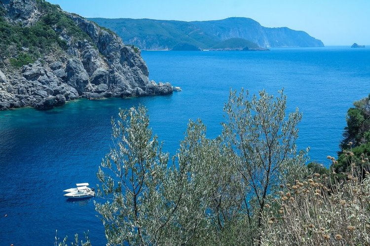 sailing-ionian-islands-yacht-charter-sailo-corfu
