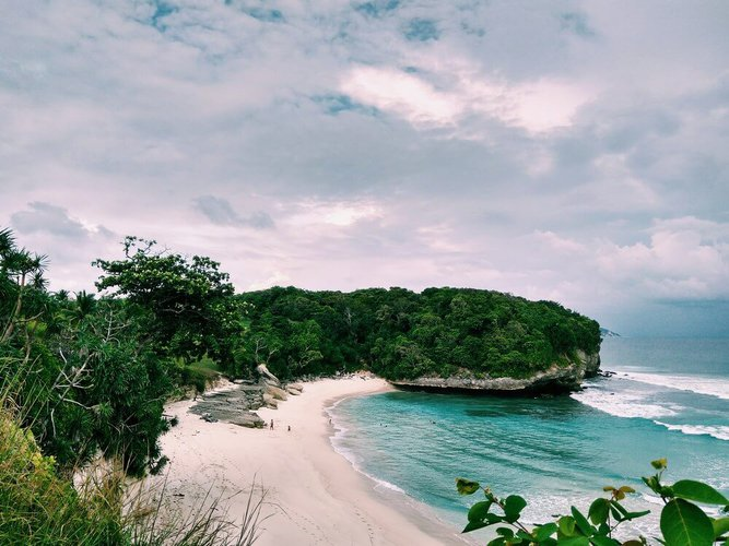 sailing-komodo-island-nusa-tenggara-boat-charter-sailo-sumba
