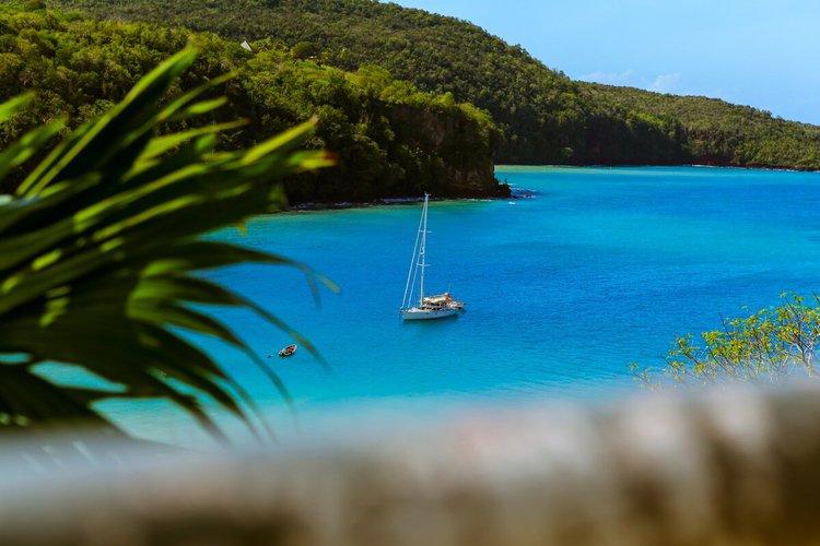 sailing-martinique-sailo-boat-rentals-caravelle