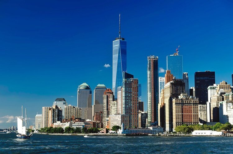 sailing-nyc-harbor-private-sailo-yacht-rental