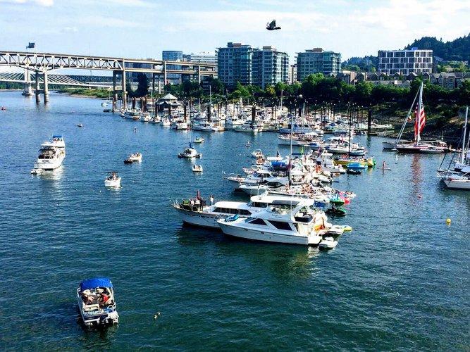 sailing-portland-oregon-party-sailo-boat-rentals