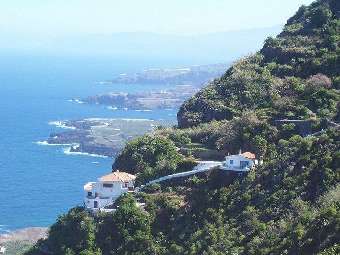 sailing-tenerife-boat-charter-sailo-rentals