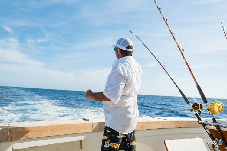 sailo-boat-charters-nassau-bahamas-fishing