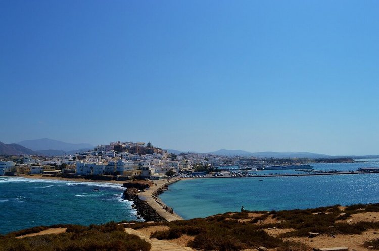 yacht-charter-greek-islands-sailing-sailo-naxos