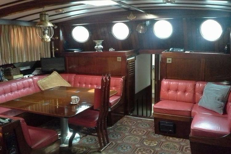Ketch boat for rent in Hollywood
