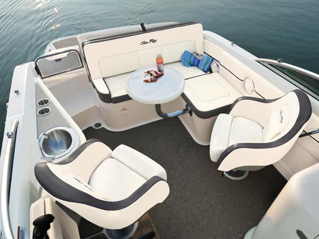 Bow rider boat rental in Sunset Harbour Yatch Club, FL
