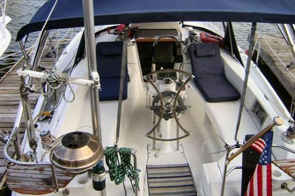Cruiser boat for rent in Jersey City