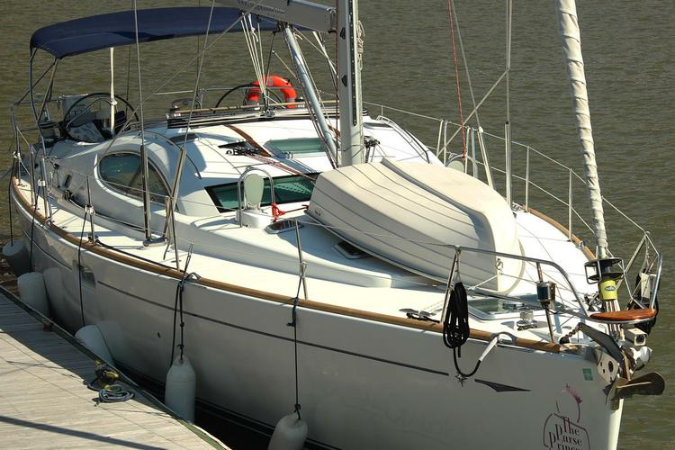 Cruiser boat rental in Liberty Landing Marina, NJ