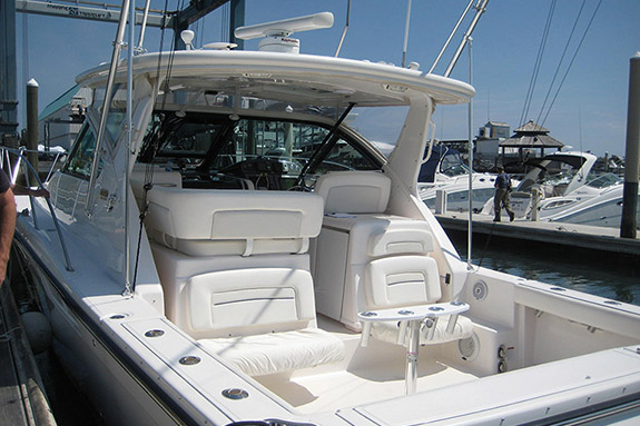 Boat for rent Tiara 36.0 feet in Minneford Marina, NY