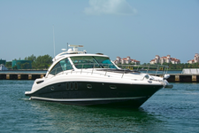 Ready to spend a luxurious day on the water?