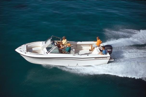 Cruise around or play on this family friendly boat!