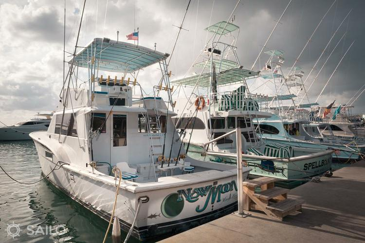 Boating is fun with a Offshore sport fishing in Miami Beach