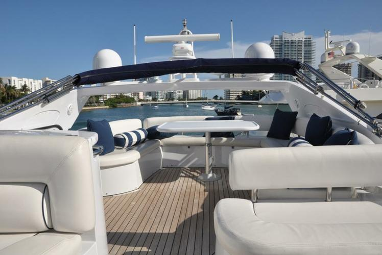 Classic boat rental in MBM - Miami Beach Marina,