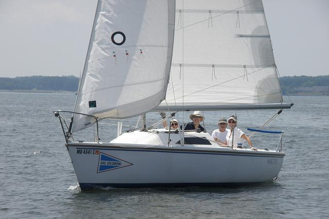 Comfort and performance on this Catalina 22