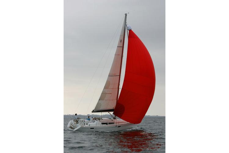 Jeanneau boat for rent in Solomons
