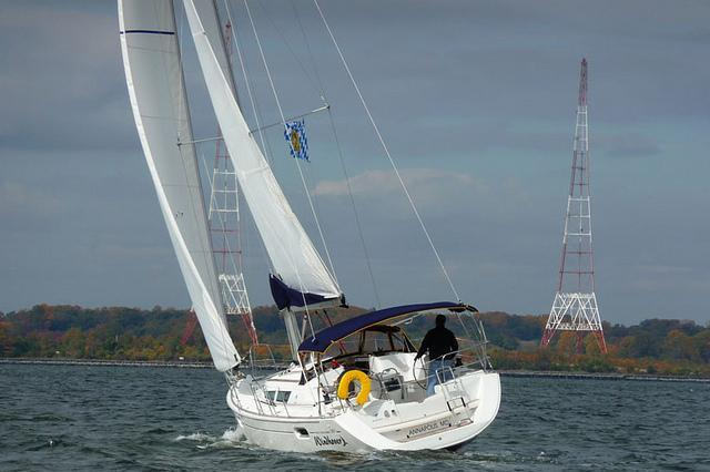 Sail the Chesapeake on this yachtsmen's delight