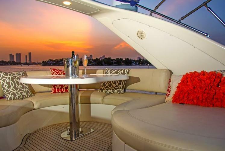 Convertible boat rental in Miami Beach Marina, FL