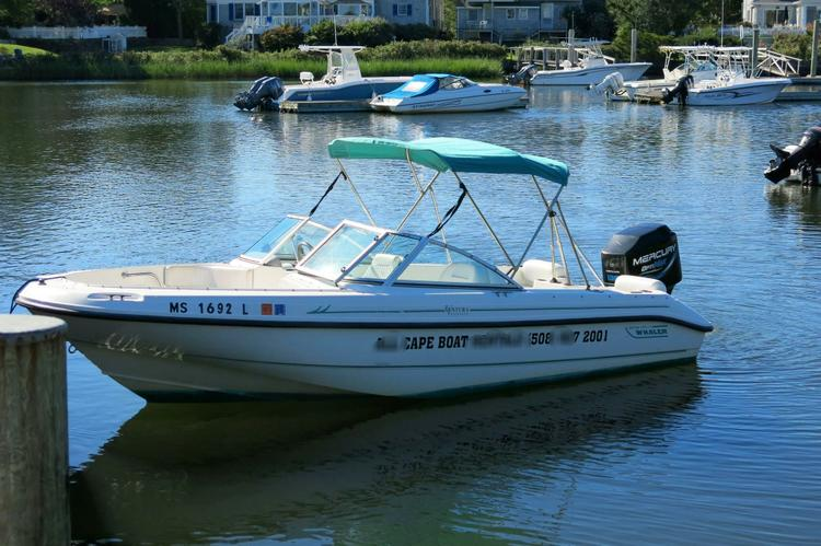 Boston Whaler's 18.0 feet in Barnstable