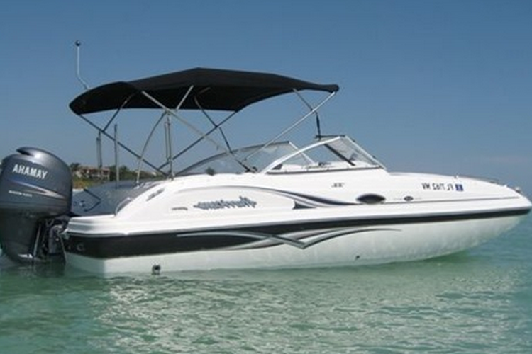 This 23' Sun-Deck Party Boat is perfect from a small group!