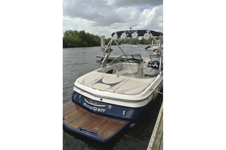 MasterCraft's 20.0 feet in Miami