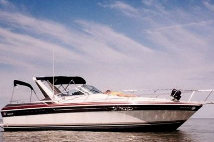 Charter this Wellcraft Grand Sport Elite for your next party!