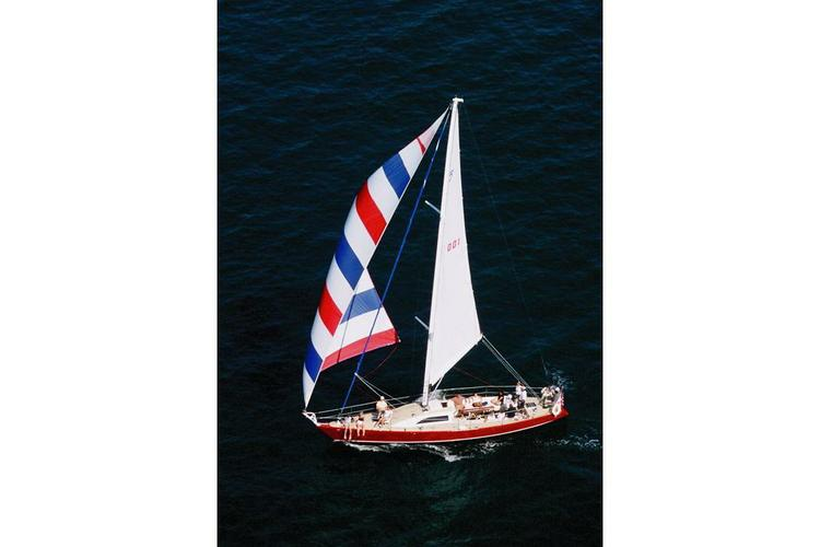 Up to 13 persons can enjoy a ride on this Motorsailer boat