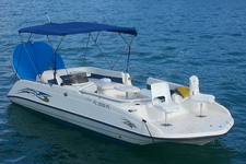 This 22' Sun Deck Party Boat is perfect for your group