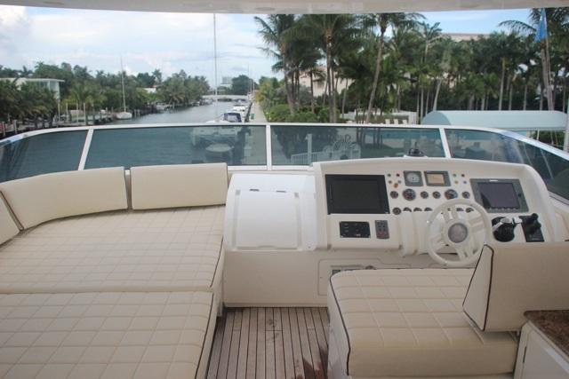Azimut's 85.0 feet in Miami Beach