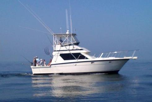 Offshore sport fishing boat for rent in Clinton