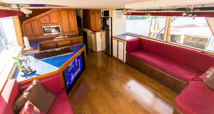 Trawler boat for rent in Hollywood