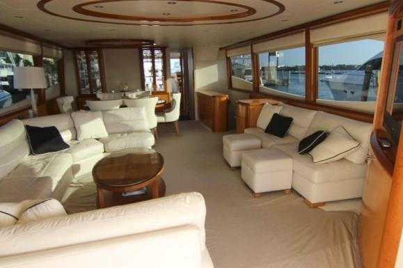 Discover Miami Beach surroundings on this 84 Lazzara boat
