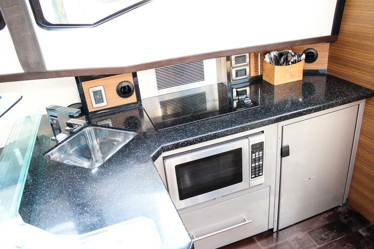 Discover Miami surroundings on this 43 SC Marquis boat