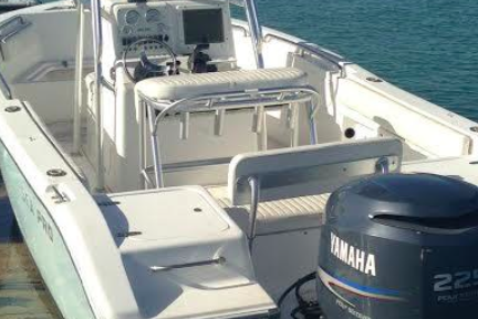 Boating is fun with a Center console in Islamorada