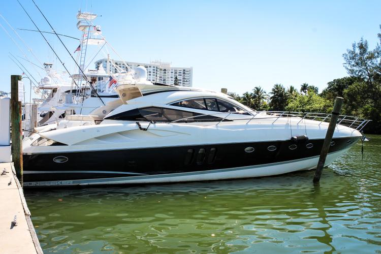 Perfect boat to take out for entertaining and socializing