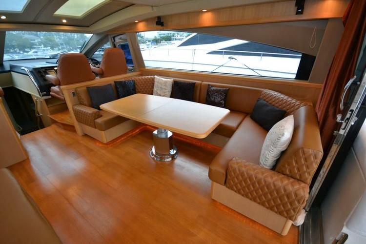 This 70.0' Viking cand take up to 12 passengers around Miami Beach