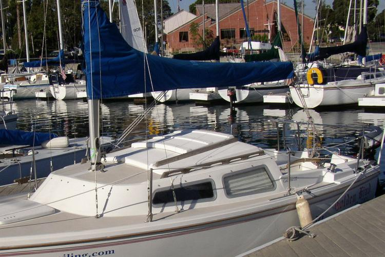 Catalina 22' Sailboat