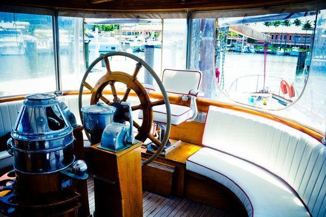 Up to 12 persons can enjoy a ride on this Ketch boat