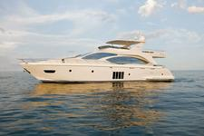62' Azimut - Elegant Yacht to explore the Miami waters