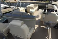 Perfect pontoon for a fun gathering