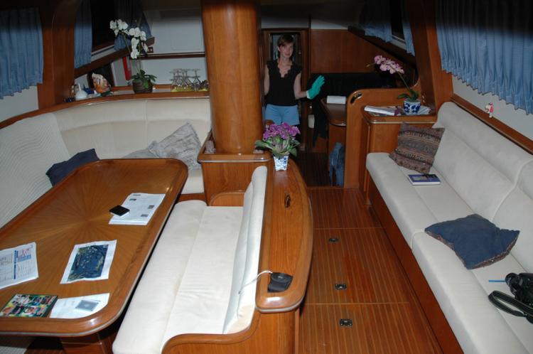 Boat rental in San Juan,