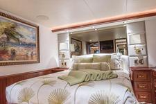 thumbnail-10 Westport 112.0 feet, boat for rent in Miami,